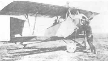 Jean Bourhis-Aviateur, Précurseur du Parachutisme BourhisAvion