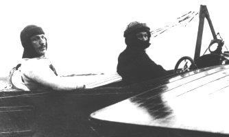 Jean Bourhis-Aviateur, Précurseur du Parachutisme BourhisAvion2